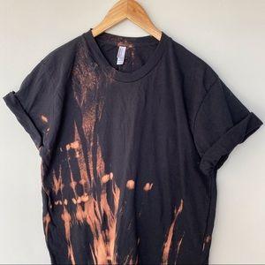 Bleach dyed T-shirt